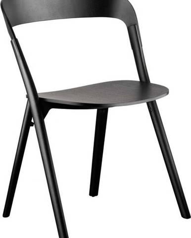 Černá jídelní židle z jasanového dřeva Magis Pila