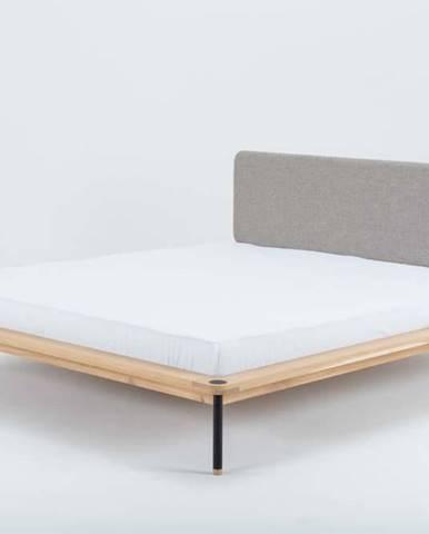 Dvoulůžková postel z dubového dřeva Gazzda Fina Nero, 140 x 200 cm