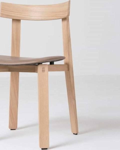 Gazzda Jídelní židle z masivního dubového dřeva s hnědým sedákem z buvolí kůže Gazzda Nora
