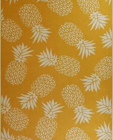 Žlutý venkovní koberec Floorita Ananas, 133 x 190 cm