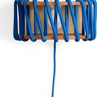 Modrá nástěnná lampa s dřevěnou konstrukcí EMKO Macaron,šířka30cm