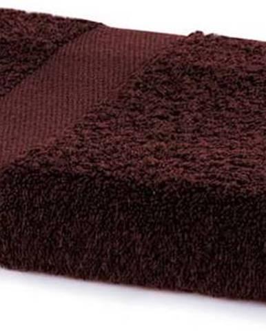 Hnědý ručník DecoKing Marina, 70 x 140 cm