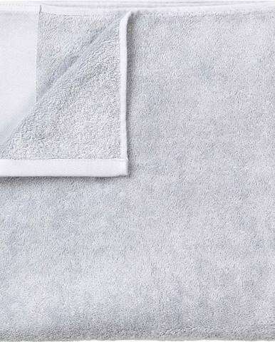 Světle šedá bavlněná osuška Blomus, 100x200cm