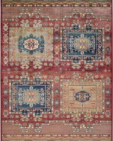 Červený koberec z viskózy Universal Ornament, 120 x 170 cm