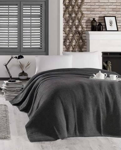 Tmavě šedý přehoz přes postel Silvi, 220 x 240 cm