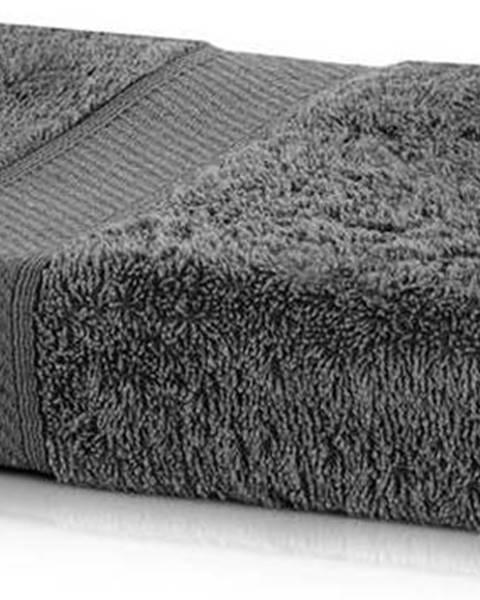 DecoKing Tmavě šedá osuška DecoKing Bamby Charcoal, 70 x 140 cm