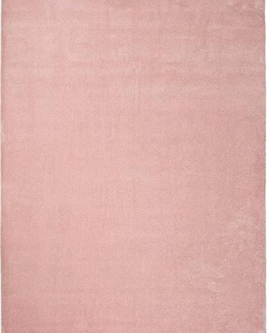 Růžový koberec Universal Montana, 140x200cm