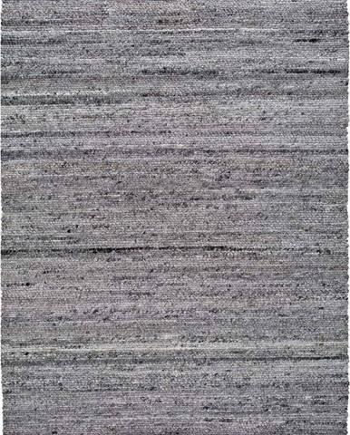Tmavě šedý koberec z recyklovaného plastu Universal Cinder, 140 x 200 cm