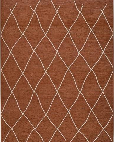 Hnědo-oranžový venkovní koberec Universal Sigrid, 154 x 230 cm
