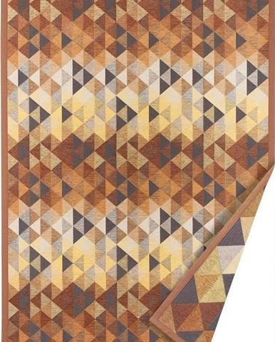 Hnědý oboustranný koberec Narma Kiva, 140 x 200 cm