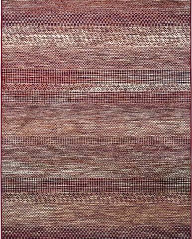 Červený koberec z viskózy Universal Belga Beigriss, 140 x 200 cm